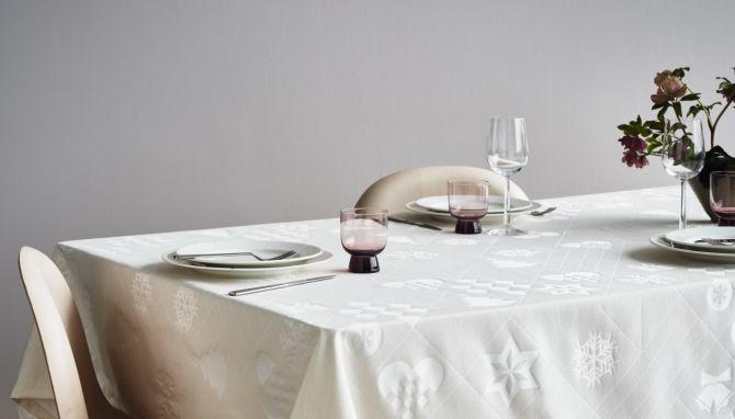 Rosendahl Natale Weihnachts-Tischdecke Damast Off-White 150x220 cm_nicenordic_1