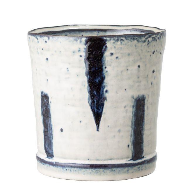 Bloomingville Blumentopf blau-weiss Keramik medium 13 cm. Kleiner Übertopf. Handgemacht aus Steingut, Kunsthandwerk. Wohnaccessoires und Deko bei nicenordic.de