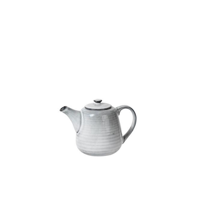 Broste Copenhagen Nordic Sand Teekanne klein 70 cl. Kännchen für 1-2 Personen. Teeservice in Sand-Farben bzw Natur-Beige-Grau. Service aus Keramik-Steingut. Skandinavisches Geschirr bei nicenordic.de