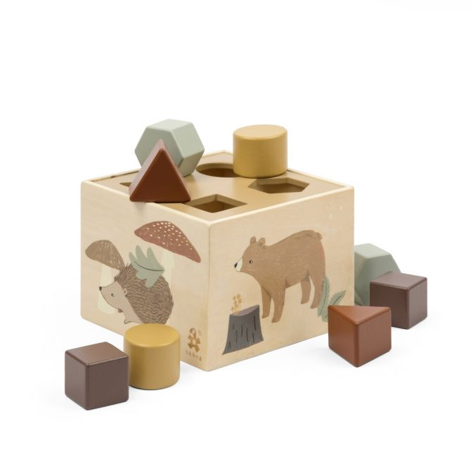 Sebra Formensteckspiel Nightfall aus Holz. Baby-Spielzeug mit Steckkasten und 8 Klötzen. Holzspielzeug und skandinavisches Babyspielzeug bei nicenordic.de